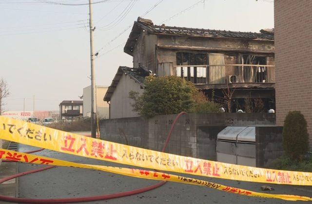 姫路市で火事 1人死亡 女性1人を搬送